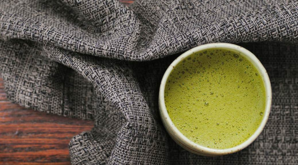 Matcha Latte | Confessions of a Midnight Baker