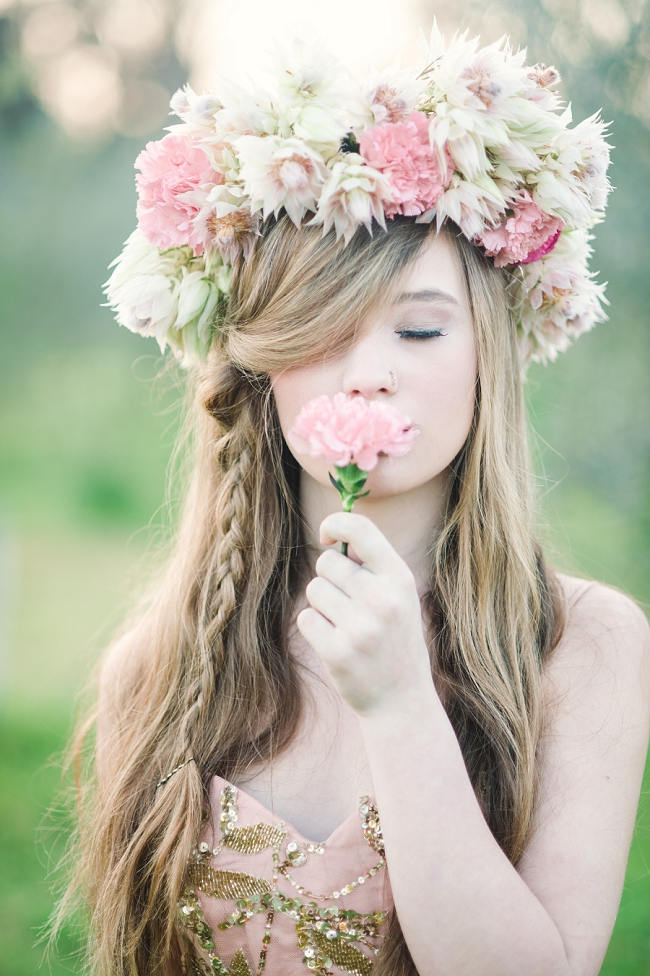Totally Dreamy Long Hairstyles For Spring Weddings