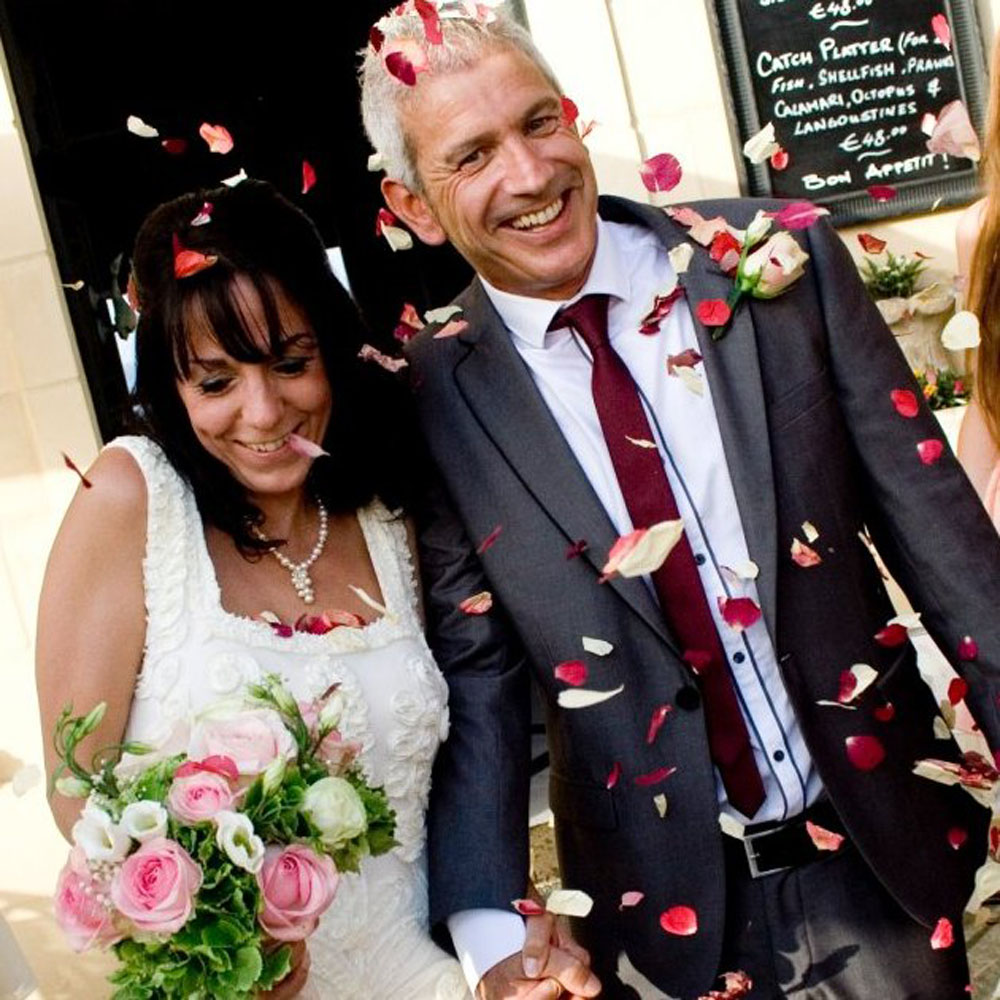 Rose Petals - Confetti Bride & Groom