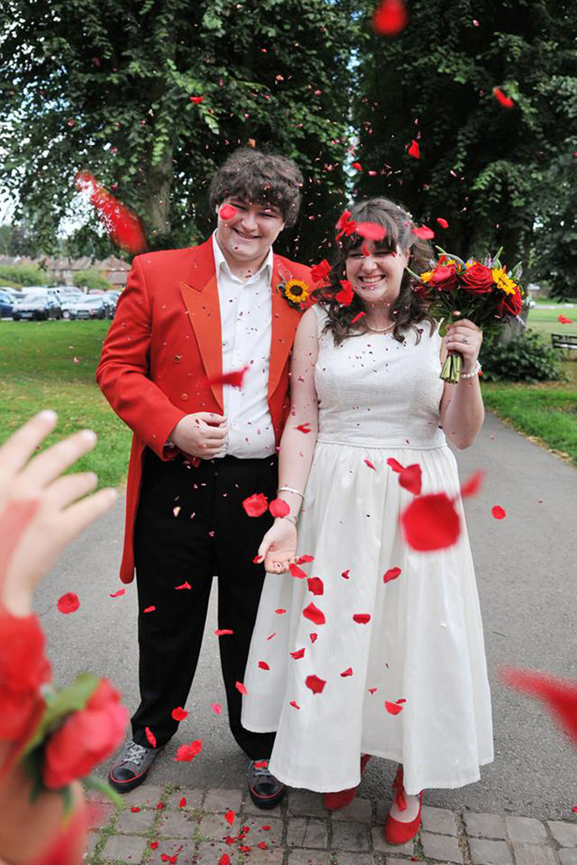 Rose Petals - confetti moment with red rose petals
