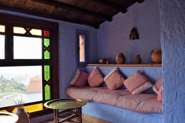 A vestibule sitting room.
