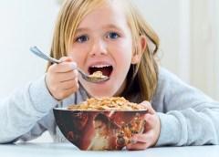 Regulación de publicidad de alimentos y bebidas dirigida a niños llegará a redes