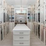 Come illuminare l'armadio: soluzioni e consigli