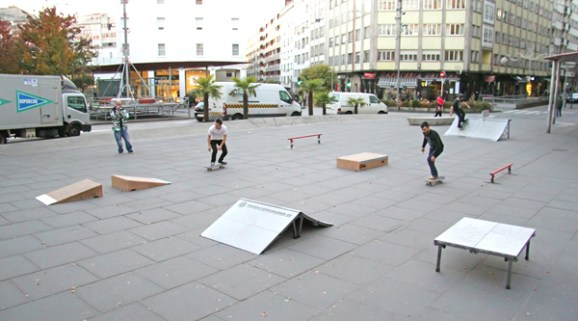 escuela-parasanitaria-plaza-roja-santiago-compostela-skate
