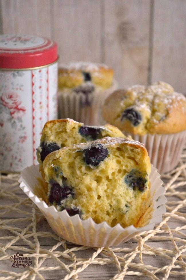 Muffins de Yogur con Avena y Arándanos | CON HARINA EN MIS ZAPATOS