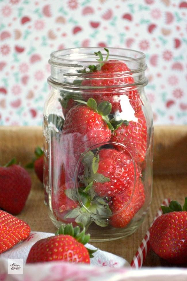 Batido de Fresas y Nueces | CON HARINA EN MIS ZAPATOS