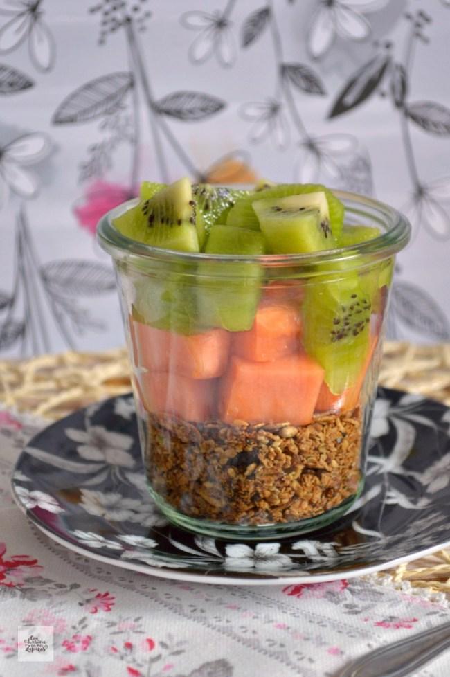 Granola, Fruta y Requesón | CON HARINA EN MIS ZAPATOS