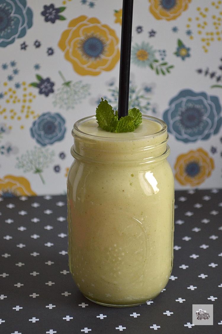 Smoothie de Piña y Manzana | CON HARINA EN MIS ZAPATOS