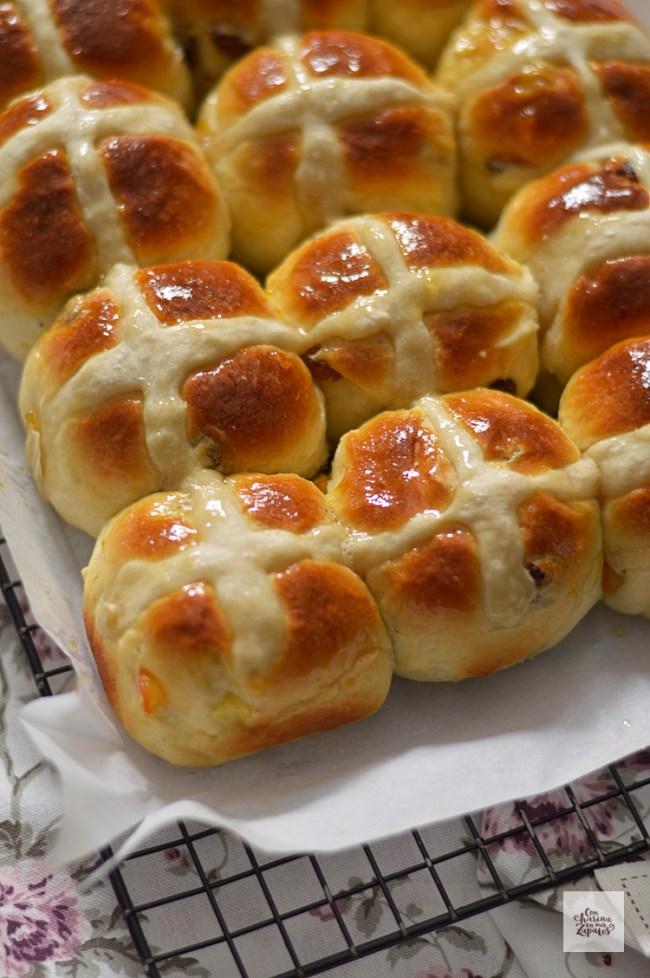 Hot Cross Buns | CON HARINA EN MIS ZAPATOS