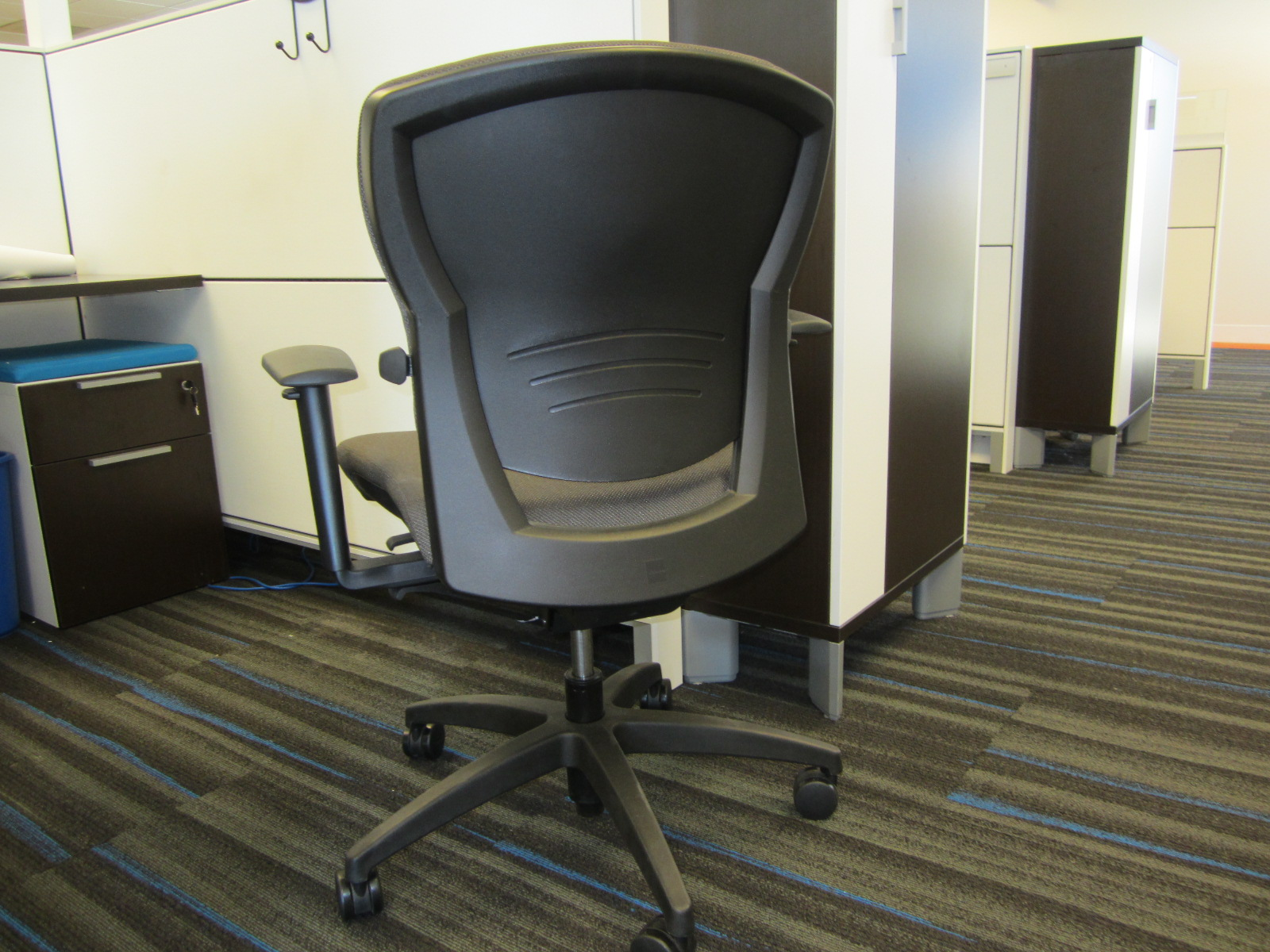 Teknion Savera Images Chairs