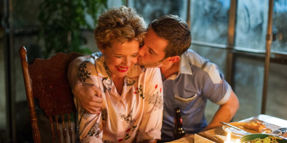 LAS ESTRELLAS DE CINE NUNCA MUEREN / FILM STARS DON'T DIE IN LIVERPOOL