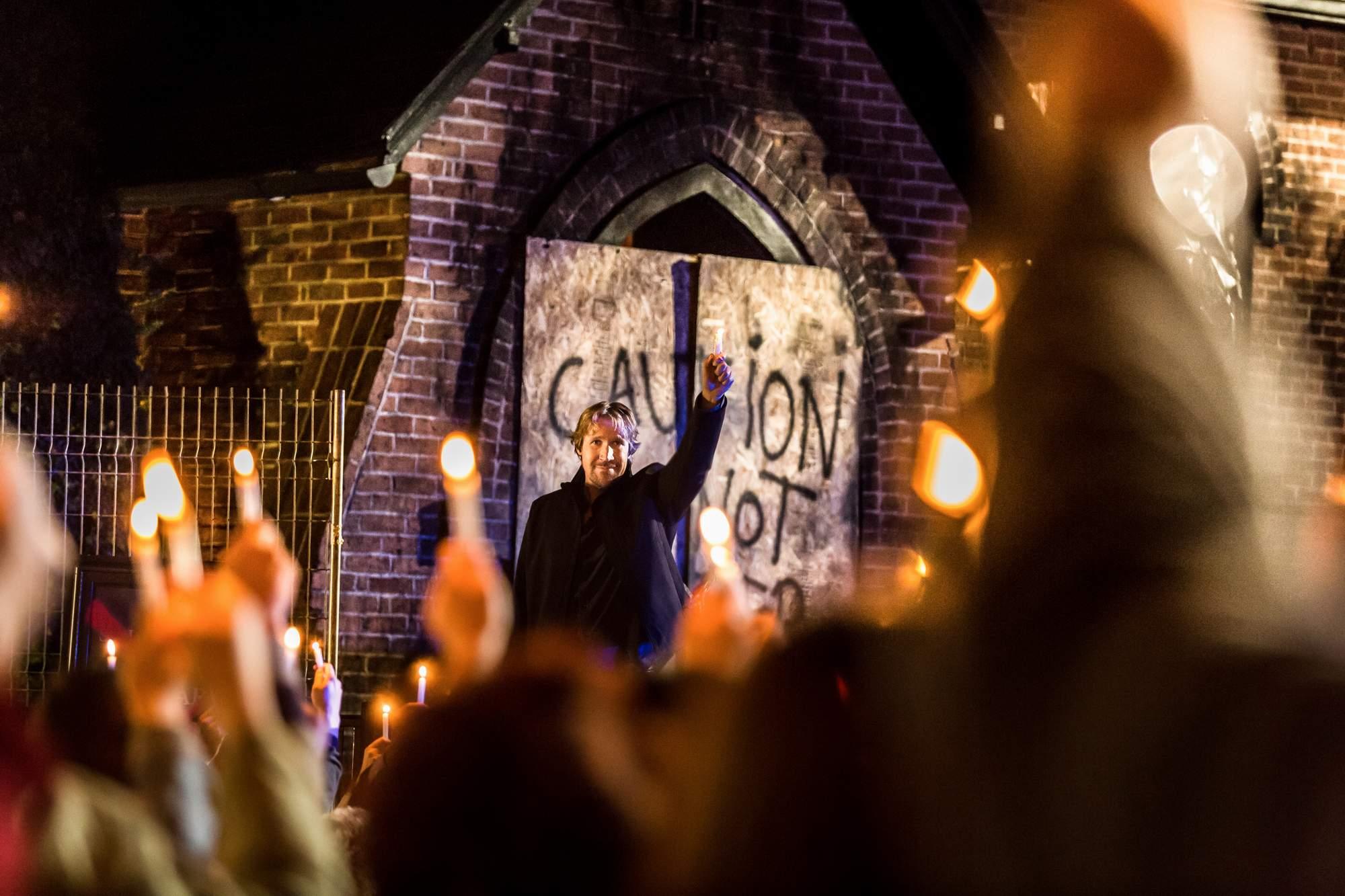 DIOS NO ESTÁ MUERTO 3, UNA LUZ EN LA OSCURIDAD / GOD'S NOT DEAD: A LIGHT IN DARKNESS