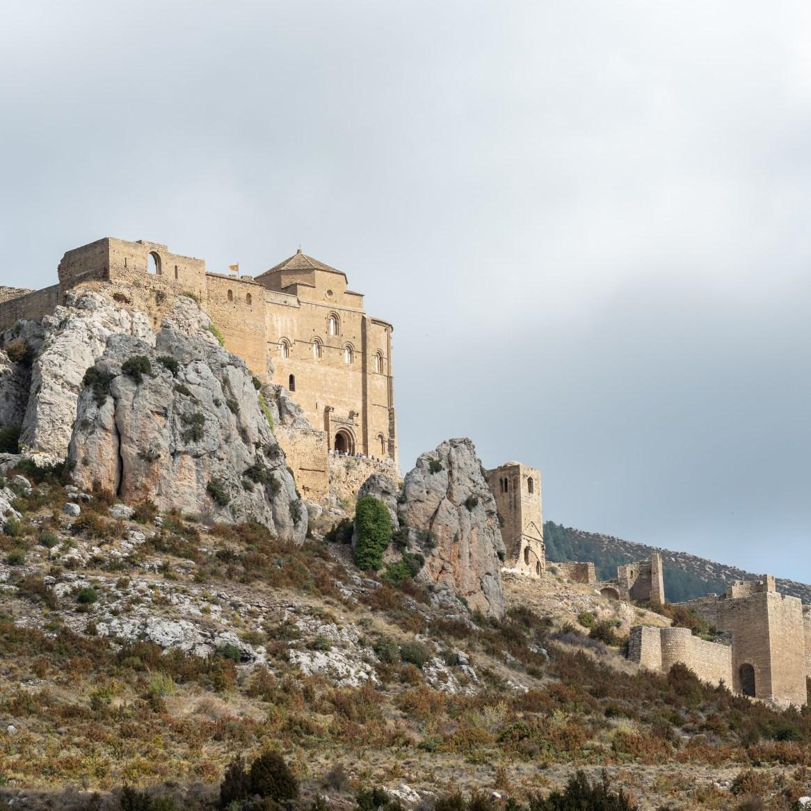 Loarre_vista-aerea-castillo-loarre