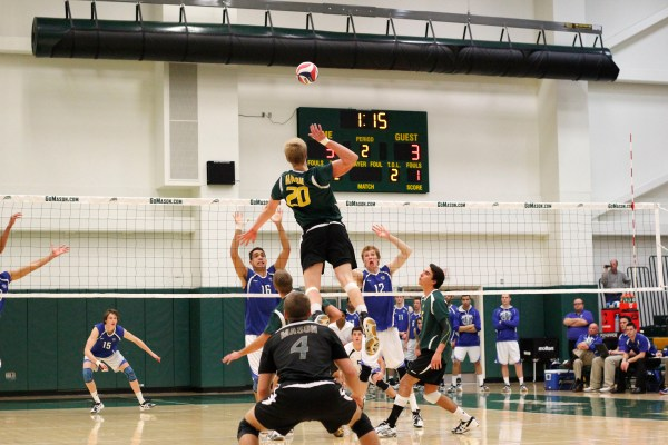 Mason men's volleyball falls to IPFW 3-1, but Heim makes ...
