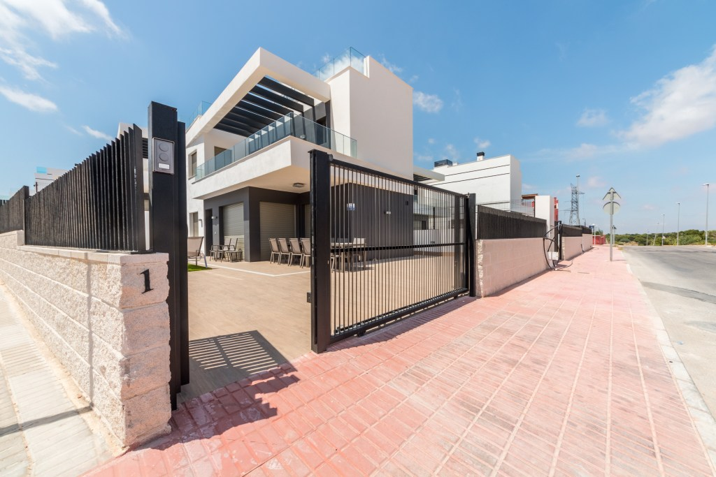 Secure gated and private villa