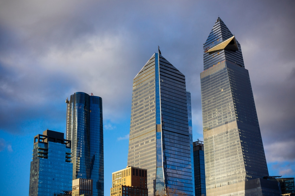 Hudson Yards opens to large crowds — and strong wireless coverage
