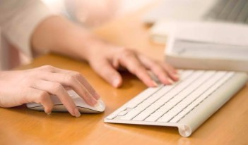 Using Your Keyboard And Mouse The Right Way To Prevent Body Pain