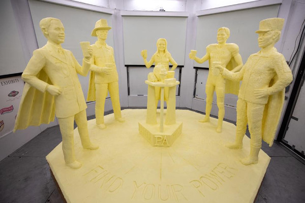 PA Farm Show 2019 Butter Sculpture small