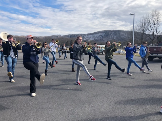Curwensville Golden Tide Marching Band (2)