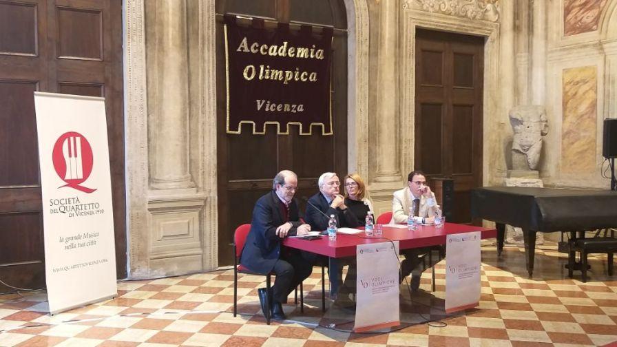Un momento della conferenza stampa di presentazione del Concorso Voci Olimpiche