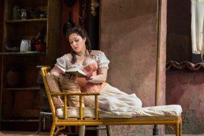 Eleonora Buratto è Norina nel Don Pasquale al Metropolitan di New York