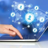 Utilisation des réseaux sociaux pour les pro (twitter, linked In, viadeo, facebook, google,…)