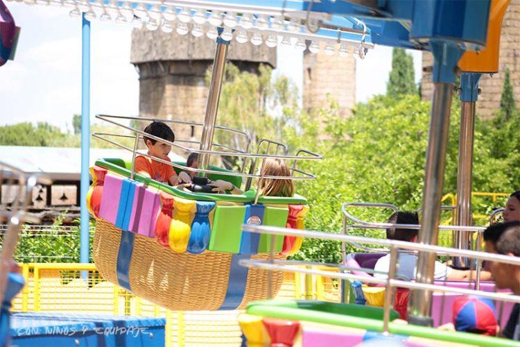 globos-parque-atracciones-madrid