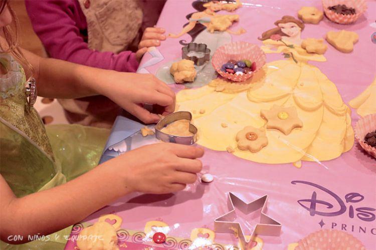 taller de galletas en mandarina garden