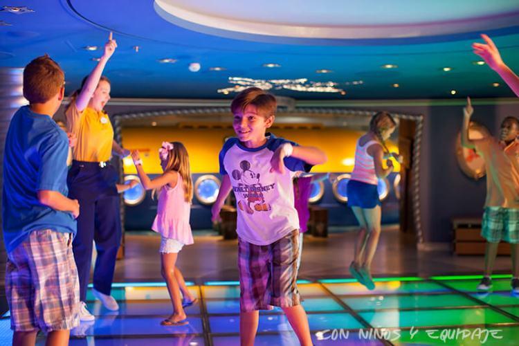 Cruceros Disney discotecas para niños