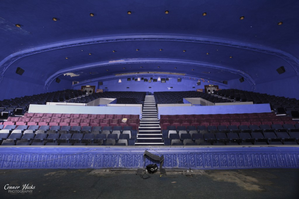 Portsmouth Hampshire Urbex Photography Odeon Cinema Northend Main Screen 2 1024x683 Odeon Cinema, Portsmouth