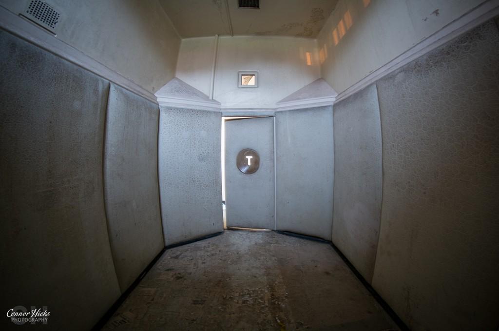 Royal Haslar Hospital Padded Cell Urbex 1024x679 The Royal Hospital Haslar, Gosport