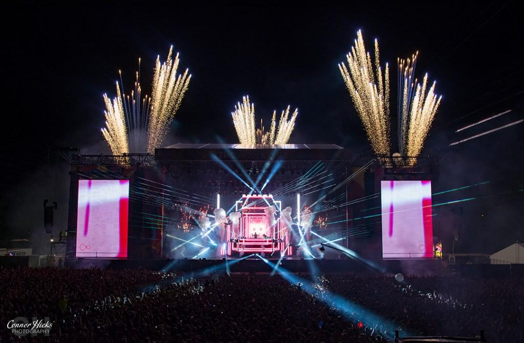 Calvin Harris At V Festival Chelmsford 1024x671 V Festival, Chelmsford 2015