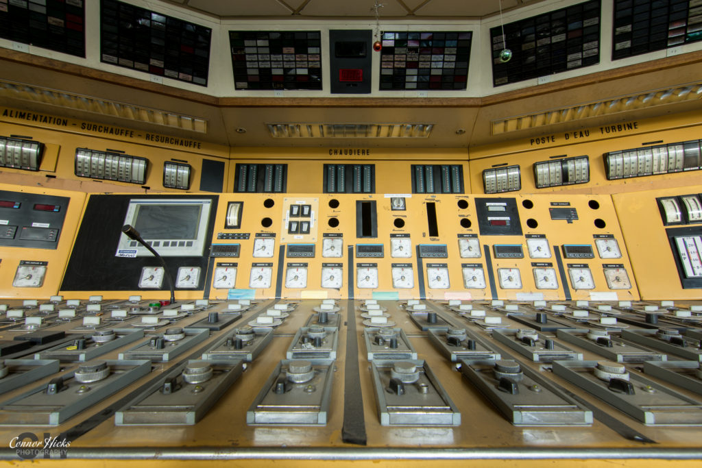 control room france urbex 1024x683 Centrale De Schneider, France