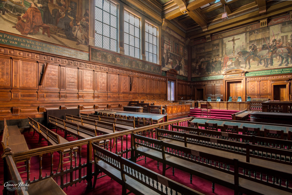 grand court belgium urbex 1024x683 Oud Justitiepaleis, Belgium