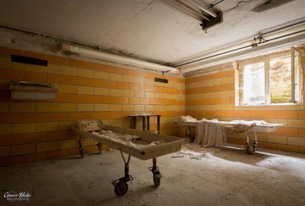 holy morgue urbex 1024x691 Holy Morgue, Germany