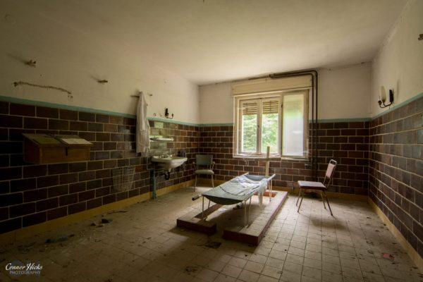 holy morgue urbex germany 1024x683 Holy Morgue, Germany
