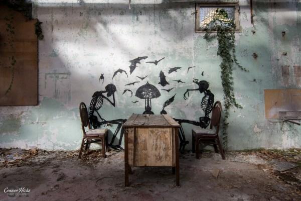 urbex graffiti warehouse belgium 1024x683 Skeleton Warehouse, Belgium