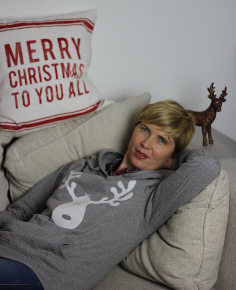 IMG_4789a_Elchpulli_Spreadshirt_Advent_XMAS_Giveaway_Rentier_Sweatshirt