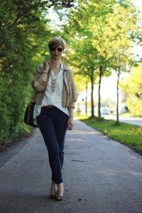 IMG_4075a_leo_leopumps_blue_blau_Lace_Spitze_Bluse_Stellaanddot_Outfit_AHemadundaHos_Conny_Fashion_Modeblog