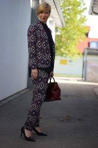 IMG_2952a_ScarletRoos_Musteranzug_Anzug_Fashion_Modeblog_Ue40