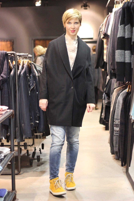 Kann mir mal bitte jemand erklären, warum ich diesen Mantel nicht gekauft habe?