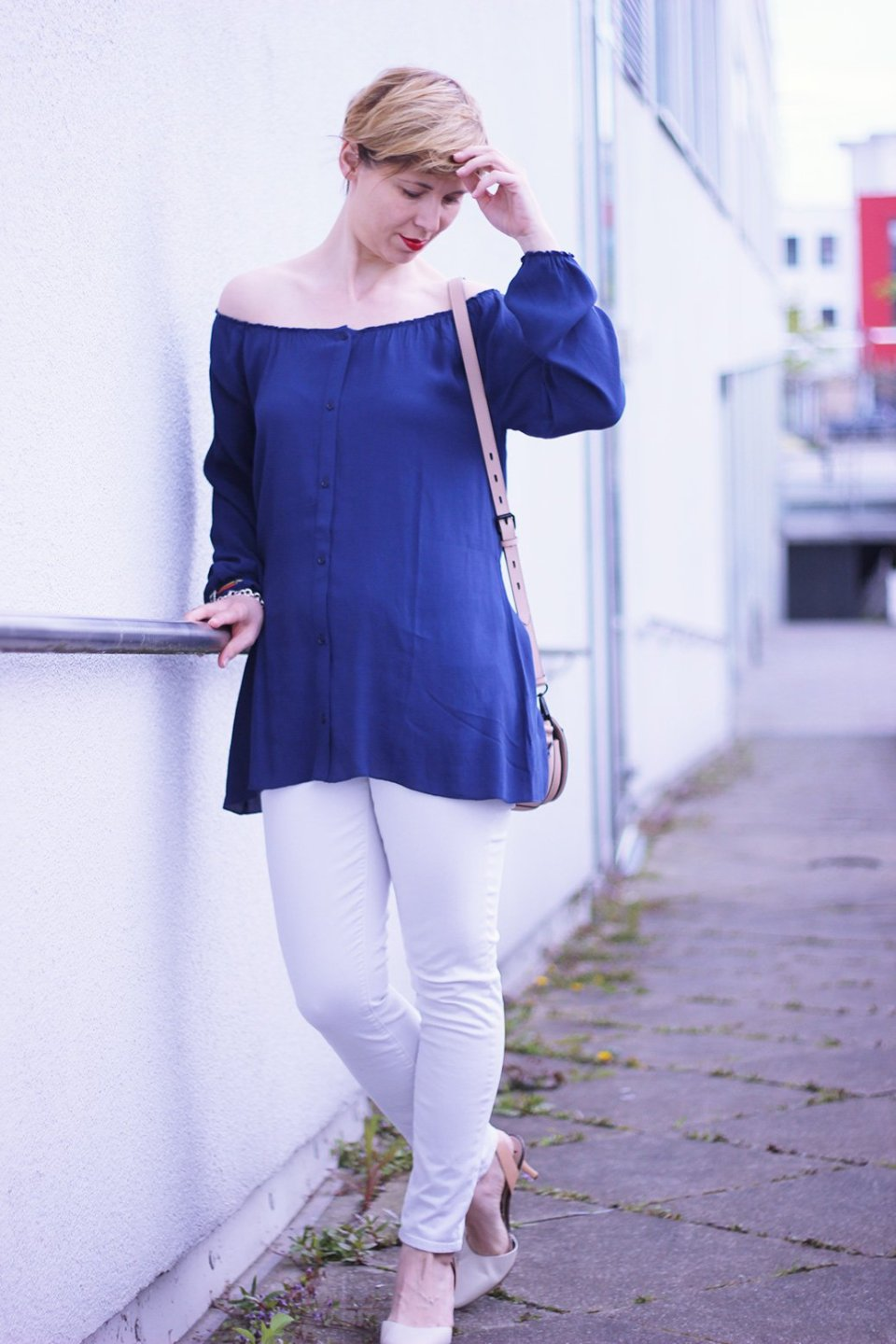 Off-Shoulder-Bluse, American Vintage, blau, Bluse, weiß, old navy, Sam Edelman, Rebecca Minkoff, Conny Doll