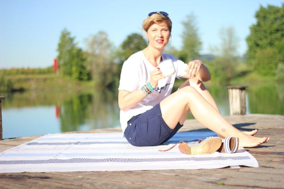 Shorts, blau, weiß, Shirt, Happy, gestickt, Conny Doll, Decke, Tchibo, maritim, Freizeit, casual,