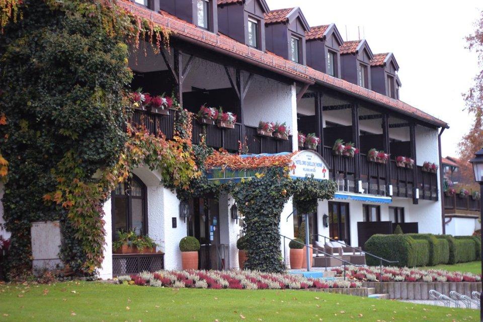 Freundinnen-Tage im Hotel Drei Quellen Therme Bad Griesbach, Hotel von außen