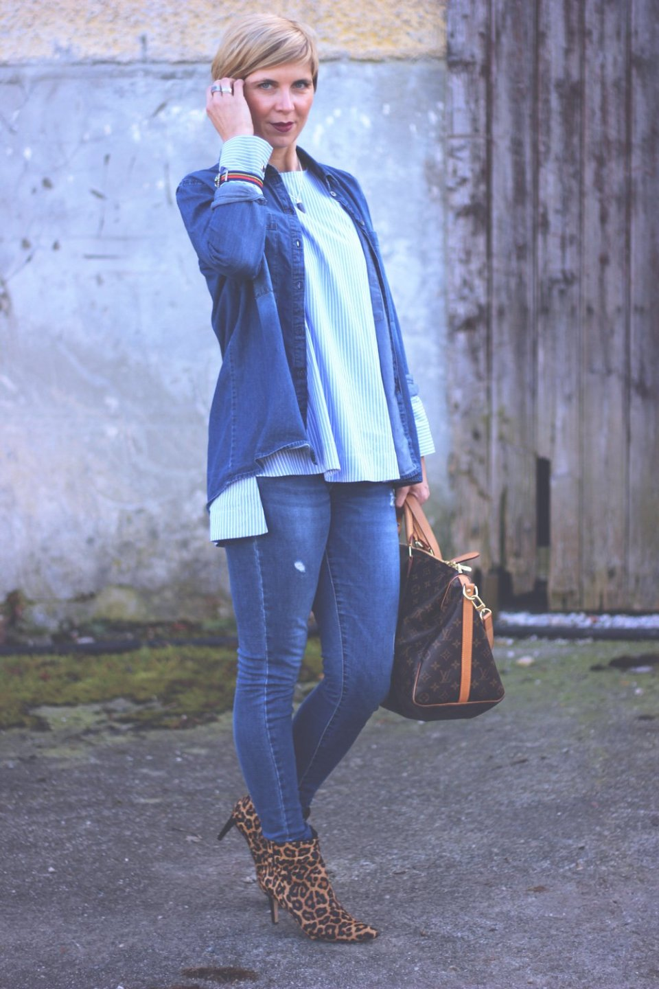 Denim-Styling, Tunika, hellblau, Leo-Booties, Conny Doll, Only, Zara, Mango, casual