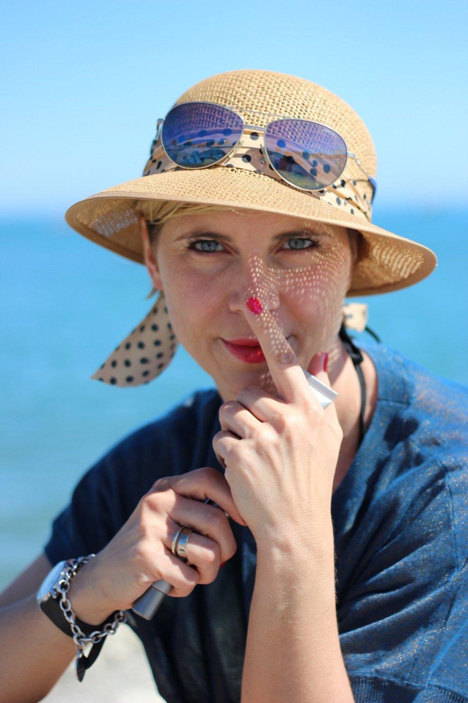 Sonnenschutz fürs Gesicht, Conny Doll, Sonnenhut, Blau, Meer, SkinCeuticals