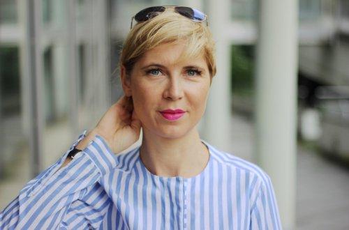 Hose in Pink, Sommerreihe, Jeansjacke, gestreifte Tunika, Espandrillos