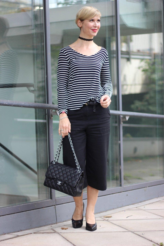 Pariser Chic, Culotte, Streifenshirt, Cardigan, casual friday