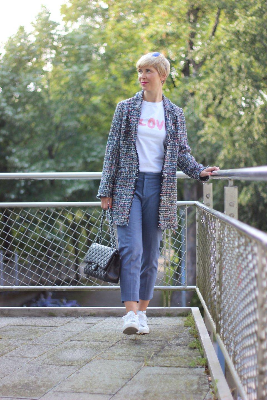 Conny Doll Lifestyle: WENZ, Herbstkollektion 2018 mit Amy Vermont, Kostüm, Chanelstil, Gehrock, schick, casual, Pumps, Sneaker, Business, Freizeit