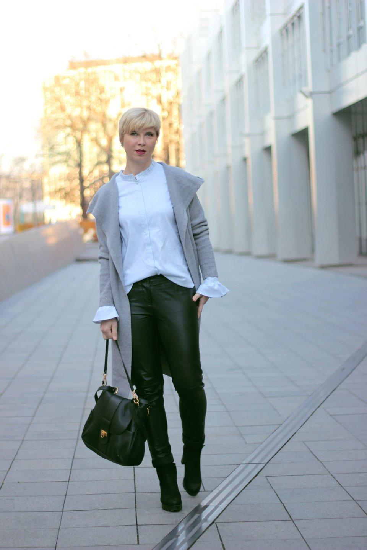 conny doll lifestyle: Black-Friday-Rabatte - meine Shop-Auswahl mit den Codes, lederhose, strickmantel, bluse, casual